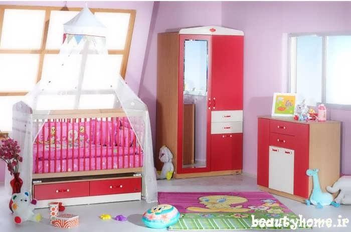 دکوراسیون اتاق نوزاد قرمز و صورتی