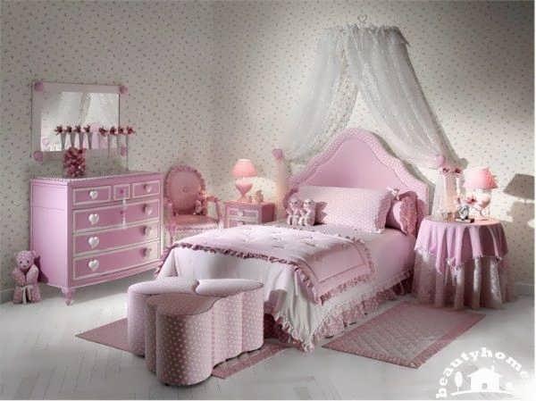 طراحی صورتی برای اتاق خواب دخترانه