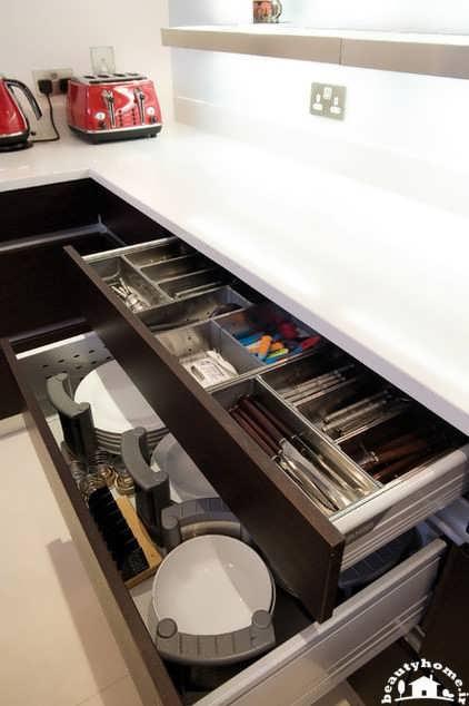 چیدمان داخل کابینت و قفسه کابینت