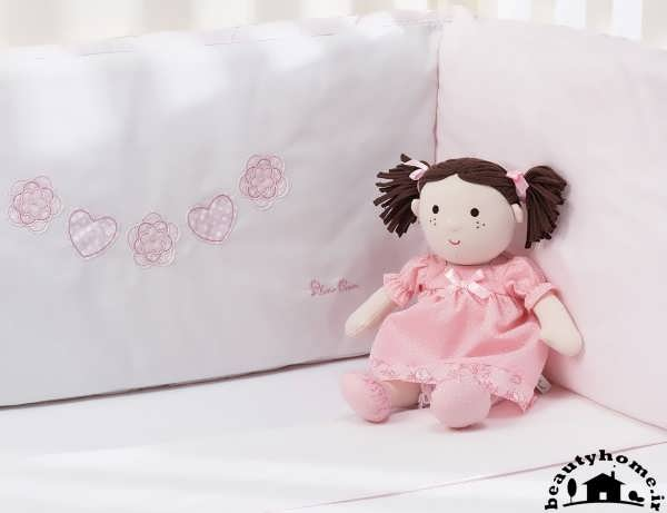 سیسمونی نوزاد دختر و عروسک سیسمونی