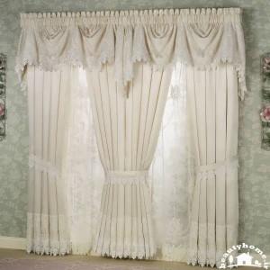 مدل پرده ساده و شیک اتاق نشیمن سفید