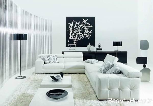 مبلمان سفید در اتاق پذیرایی مدرن