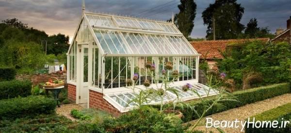 تزیین فضای سبز با استفاده از گلخانه های خانگی