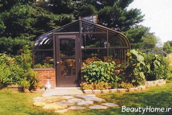 انواع گلخانه خانگی با قاب چوبی