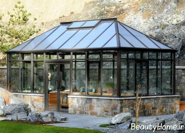 تزیین حیاط با استفاده از گلخانه های خانگی