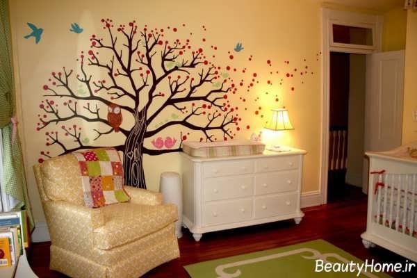 کشیدن نقاشی بر روی دیوار اتاق کودک