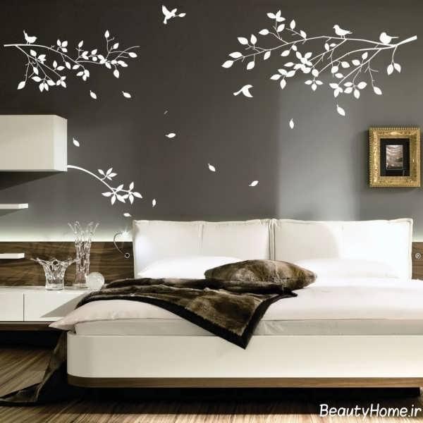 کشیدن نقاشی بر روی دیوار اتاق خواب