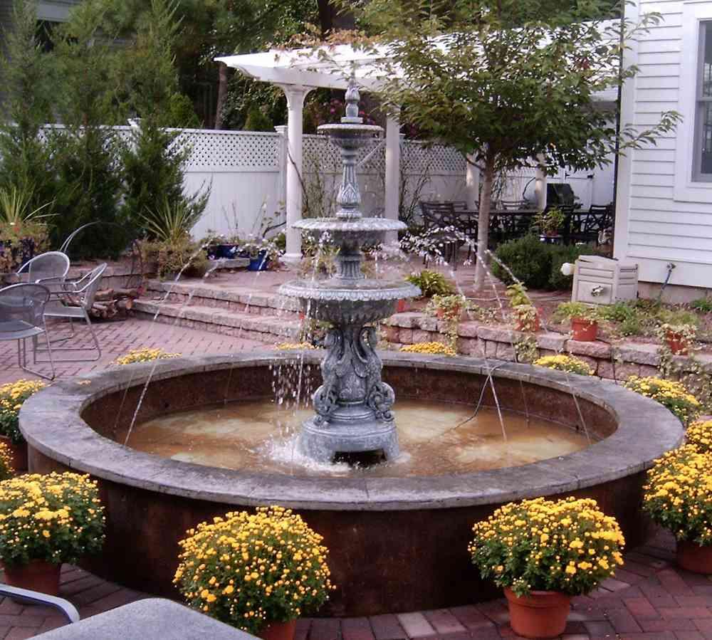 طراحی محوطه باغ ویلا و ساختمان های متفاوت: تصاویر طراحی آبنما با ایده های لوکس و زیبا