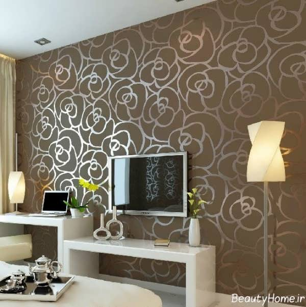 کاغذ دیواری با رنگ قهوه ای