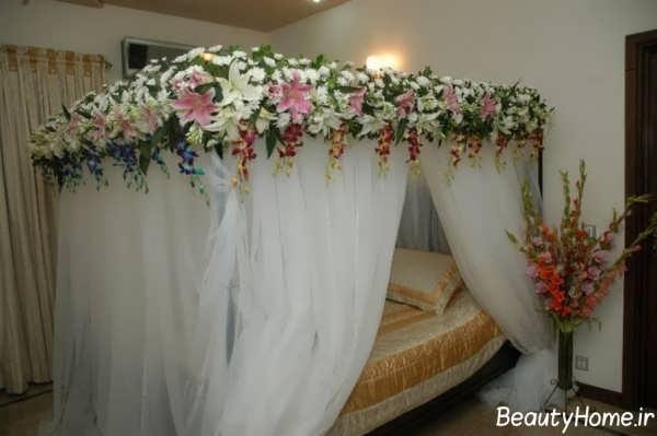 تزیین زیبا اتاق خواب با گل و تور