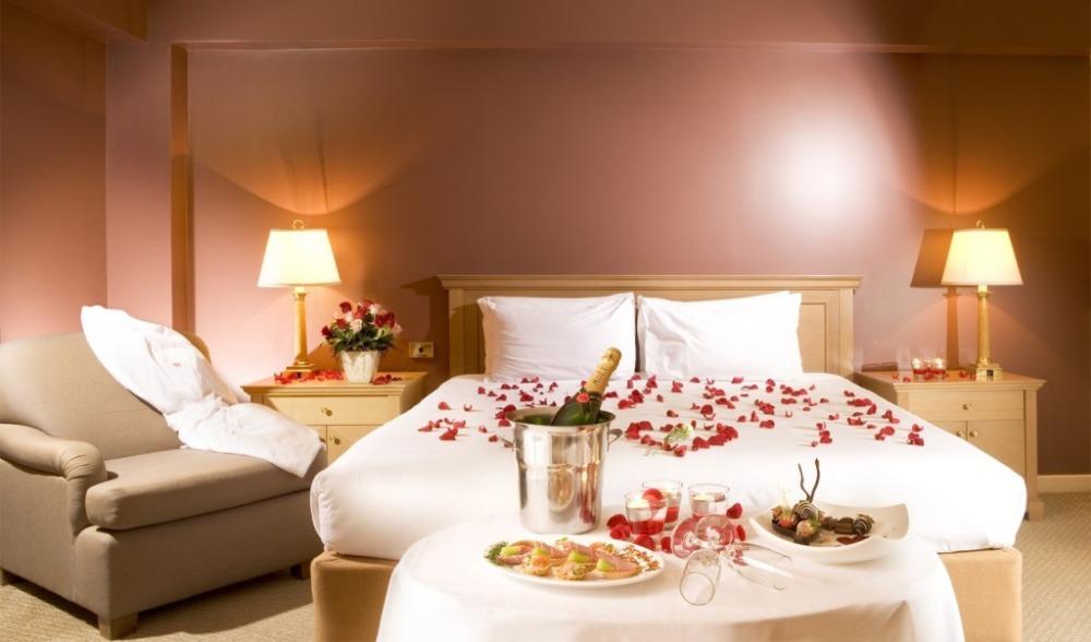 تزیین اتاق خواب عروس با ایده های رمانتیک