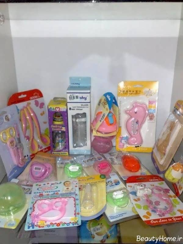 چیدمان وسایل نوزاد برای سیسمونی دخترانه