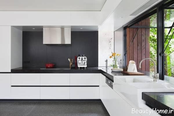 طراحی شیک دکوراسیون آشپزخانه سیاه و سفید