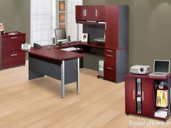 دکوراسیون آشپزخانه با ترکیب رنگ زرشکی و مشکی
