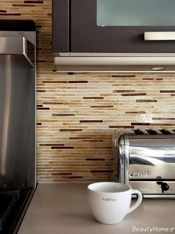 مدل کاشی کرم و قهوه ای آشپزخانه