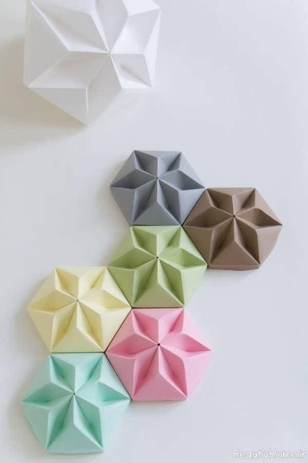 تزیین خلاقانه و زیبا دیوار با کمک گل های کاغذی