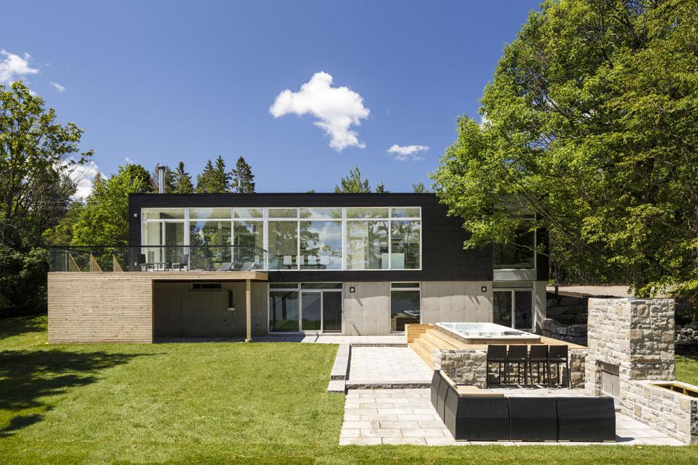 معماری خانه دوبلکس با طراحی زیبا و شیک
