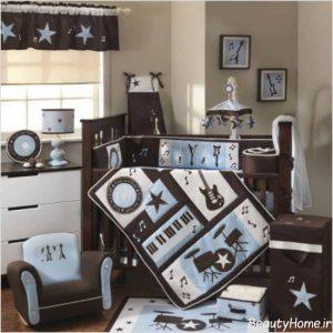 دکوراسیون کرم و قهوه ای اتاق نوزاد پسر