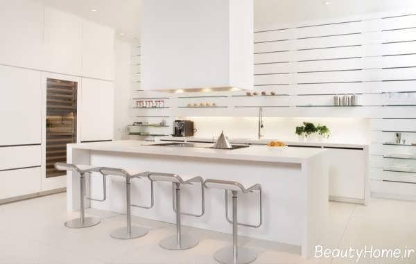 طراحی دکوراسیون داخلی آشپزخانه با رنگ سفید