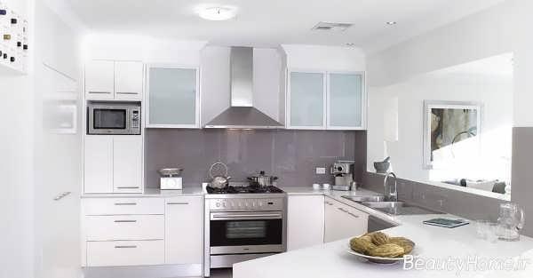 آشپزخانه زیبا و جذاب سفید