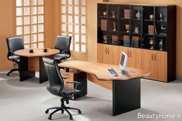 دکوراسیون کاربردی و مدرن دفتر کار کوچک