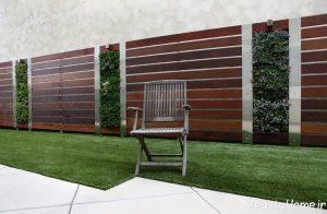 نمای دیوار حیاط با طراحی زیبا و کاربردی