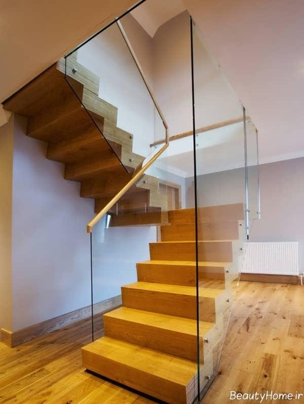 مدل اه پله با نرده چوبی و شیشه ای