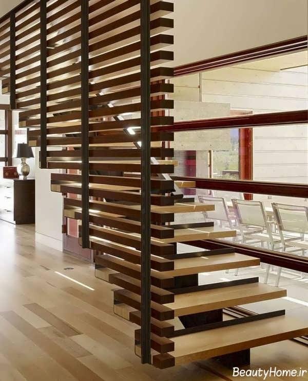 راه پله چوبی با طراحی کاربردی