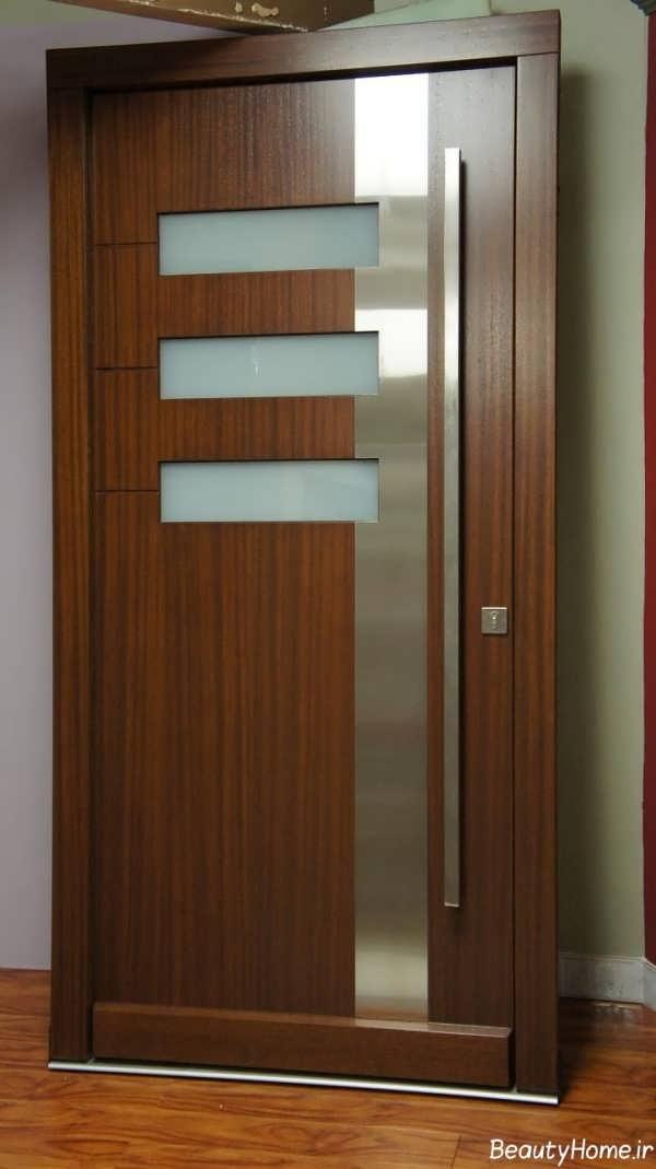 درب چوبی زیبا و ساده پذیرایی