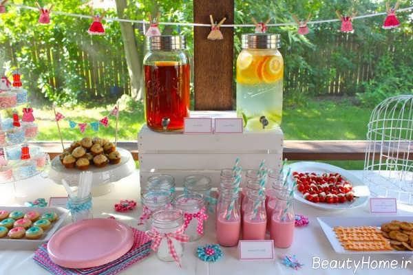 تزیین خاص و ساده میز تولد