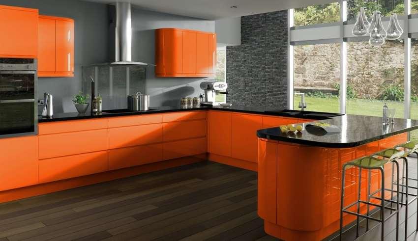 دکوراسیون آشپزخانه نارنجی با طراحی شیک و کاربردی