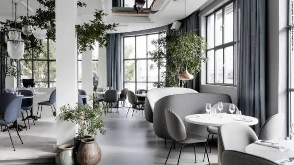 دکوراسیون زیبا و خلاقانه رستوران
