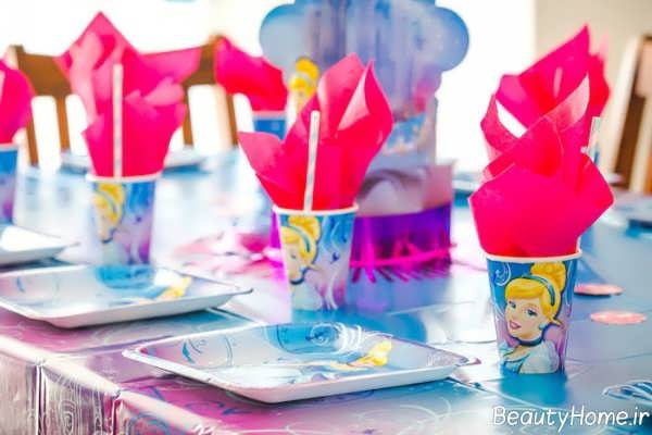 تزیین میز تولد با تم پرنسس سیندرلا