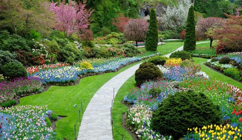 محوطه سازی باغ با ایده های کاربردی و مدرن
