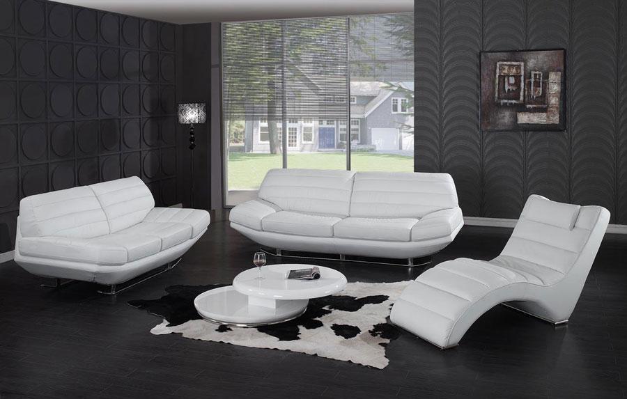 مدل مبل سفید برای اتاق پذیرایی خانه های شیک