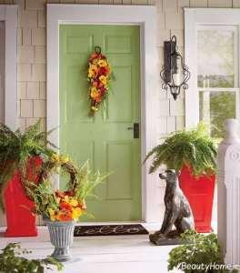 تزیین زیبا و شیک درب ورودی آپارتمان