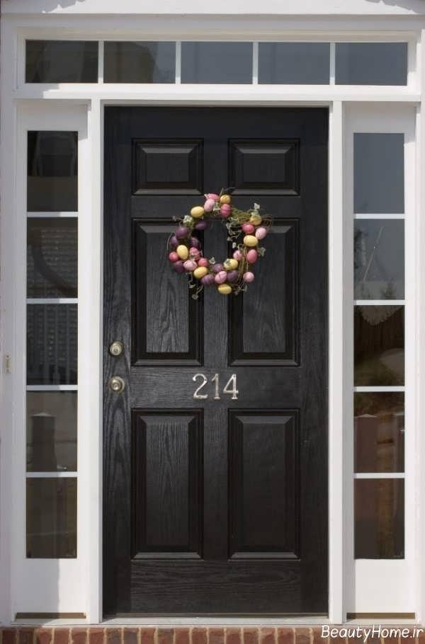 تزیین ساده درب ورودی آپارتمان