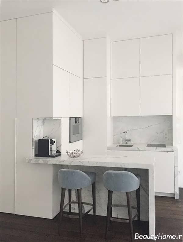 آشپزخانه ساده و کوچک آپارتمانی