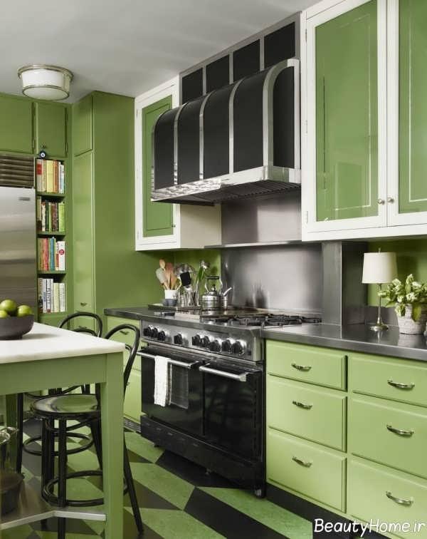 آشپزخانه سبز و کوچک آپارتمانی