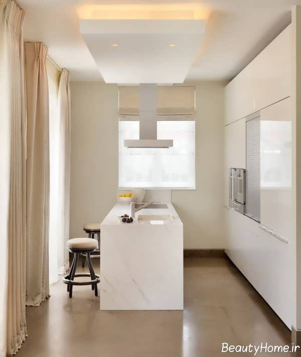 آشپزخانه کلاسیک و کوچک آپارتمانی
