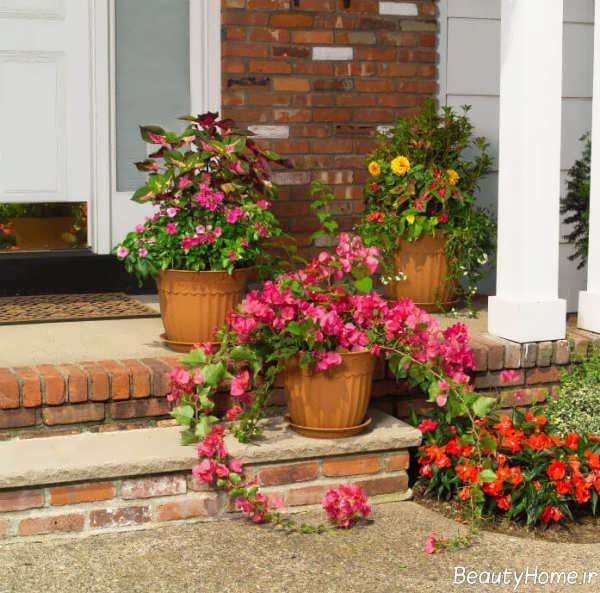 تزیین کردن راه پله با گلدان