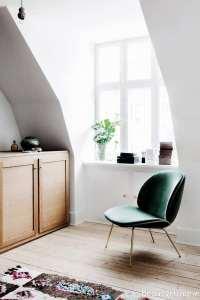 صندلی با طرحی متفاوت برای اتاق خواب