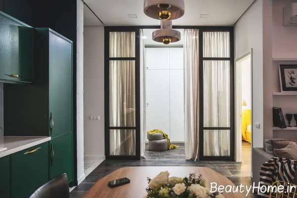 چیدمان عالی فضای داخلی خانه با رنگ طلایی و سبز