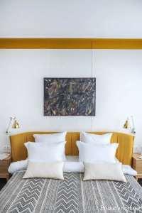 دکوراسیون فضای داخلی منزل با رنگ طلایی و سبز