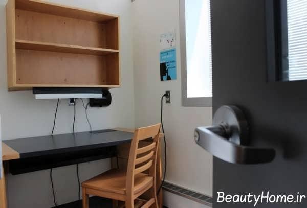 دکوراسیون شیک اتاق مطالعه با قفسه دیواری