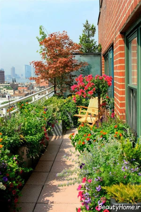 فضای سبز و زیبا در بالکن