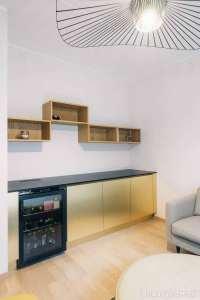 طراحی آشپزخانه با تم زرد