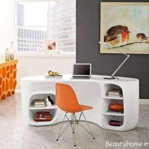 میز کار با طراحی ظریف
