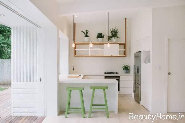دکوراسیون سفید آشپزخانه یو شکل