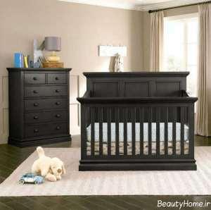 سرویس خواب ساده و رنگ تیره برای نوزاد